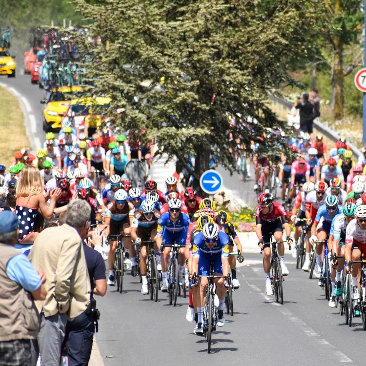 Tour de France: Bersepeda Keliling Prancis
