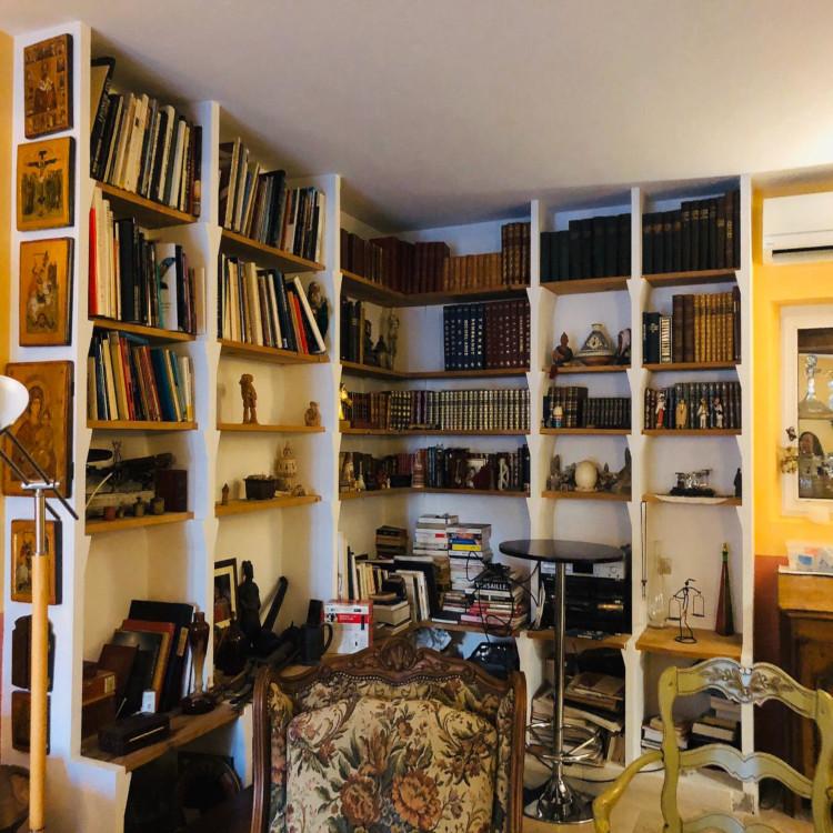 Ruang baca alias perpustakaan mini