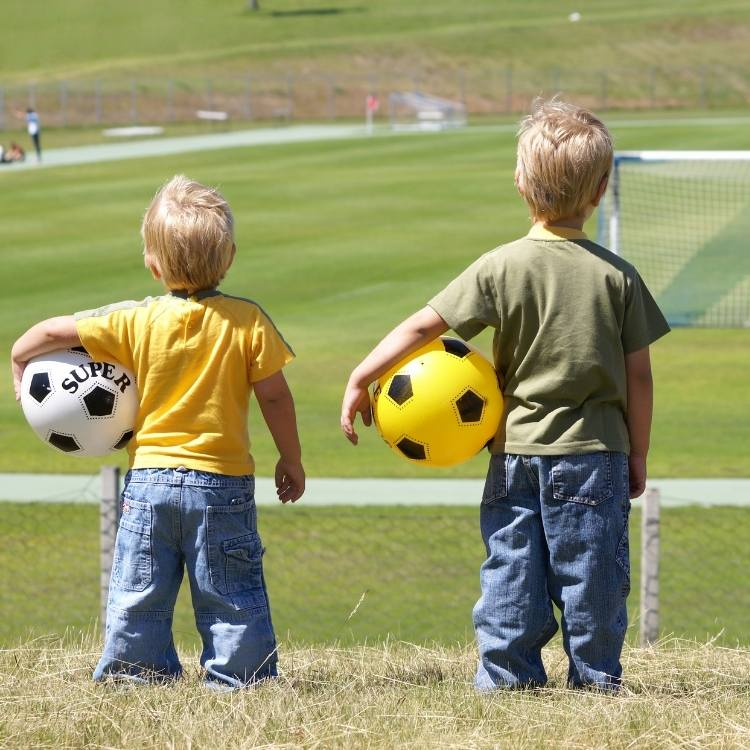 Apakah Sepak Bola Eropa Dominan karena Kaya?