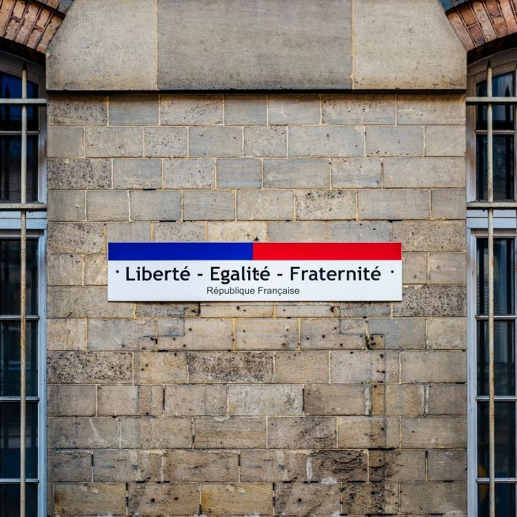 Revolusi Prancis 14 Juli: Liberté, Égalité, Fraternité
